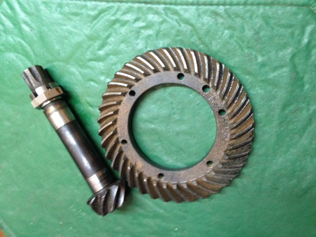 Ring Gear & Pinion (Front) F & FX 4WD 20,22,24,235,255,265 (Used