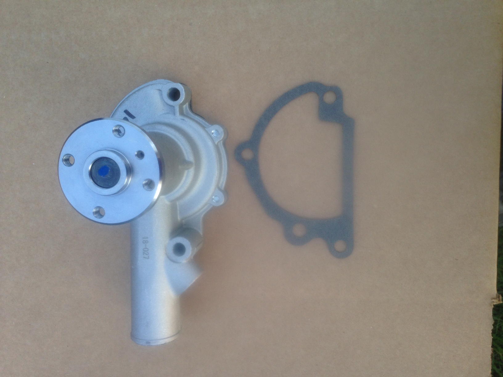 Iseki Water Pump WP-1402 W/Gasket See Description Below